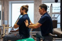 Physiotherapie Björn Bruns_Behandlung_Peziball